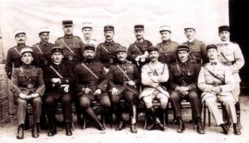 """L'Etat-major du général Julien Dufieux, commandant de la 156ème Division, ou """"Armée de Cilicie"""" en 1920 - JPEG"""